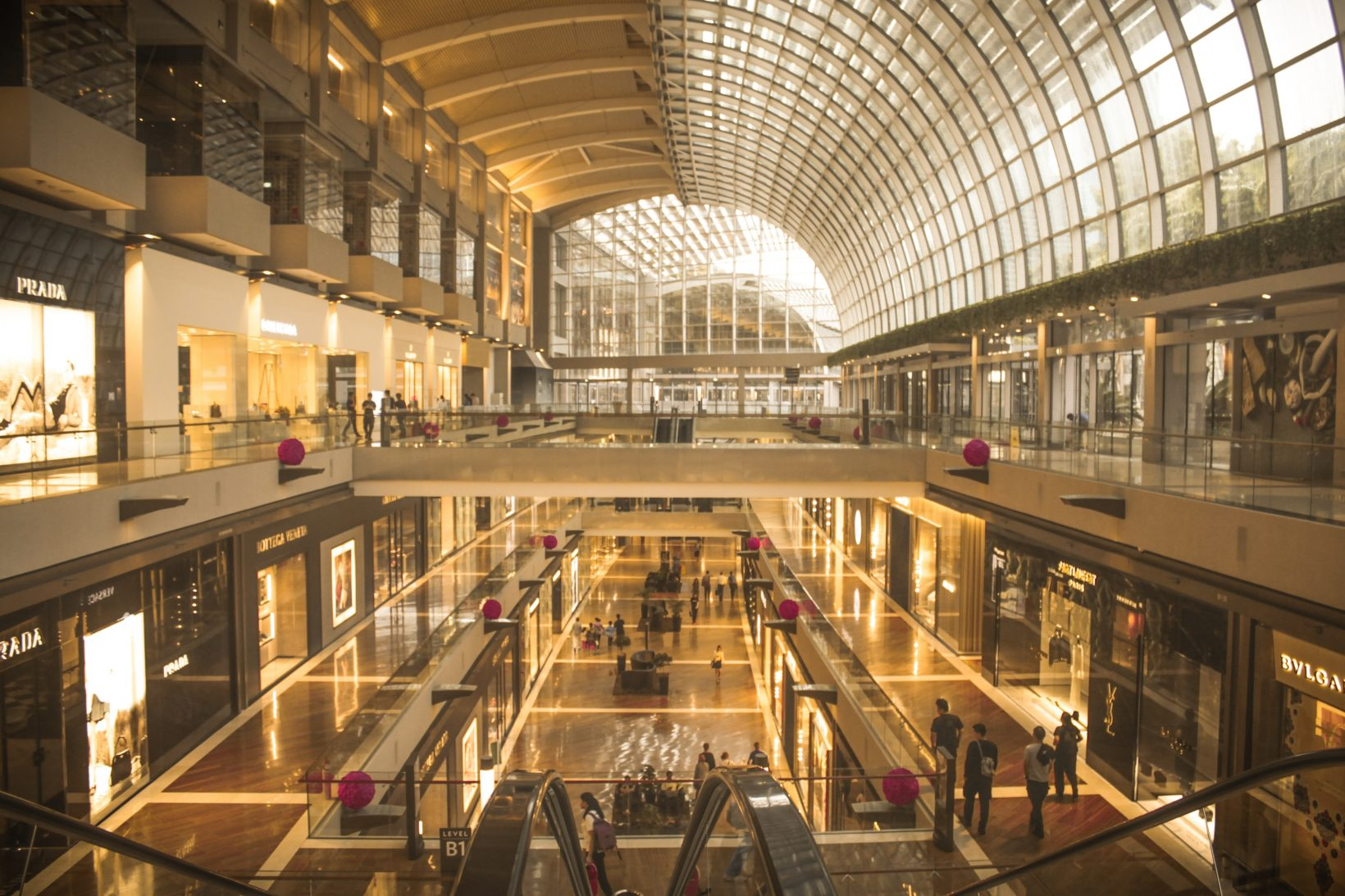 The reorganization of the luxury industry