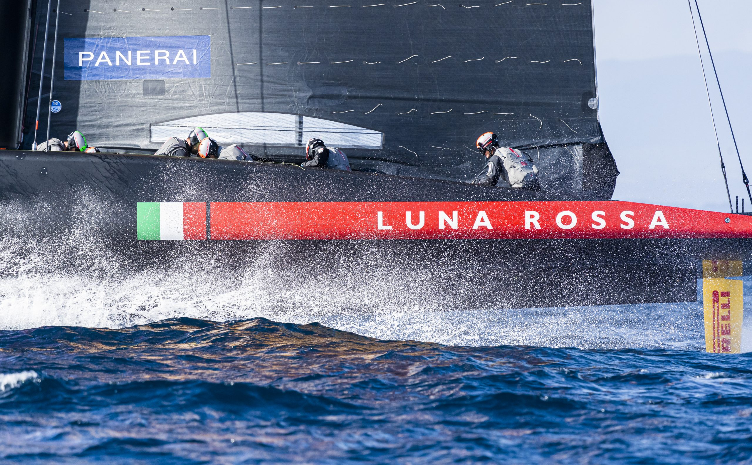 America's Cup : Luna Rossa, ready to ride the wave